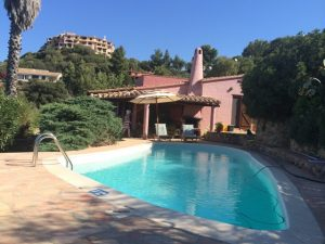 Exclusive detached villa with sea views, pool and large entertaining area